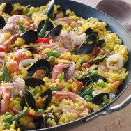 Paella with seafood or chicken